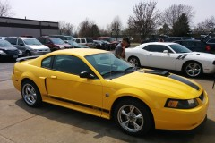 2004 Mustang Right Front View